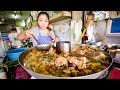 TOP 5 BEST THAI DISHES! | My Favorite Thai Food in Bangkok, Thailand!